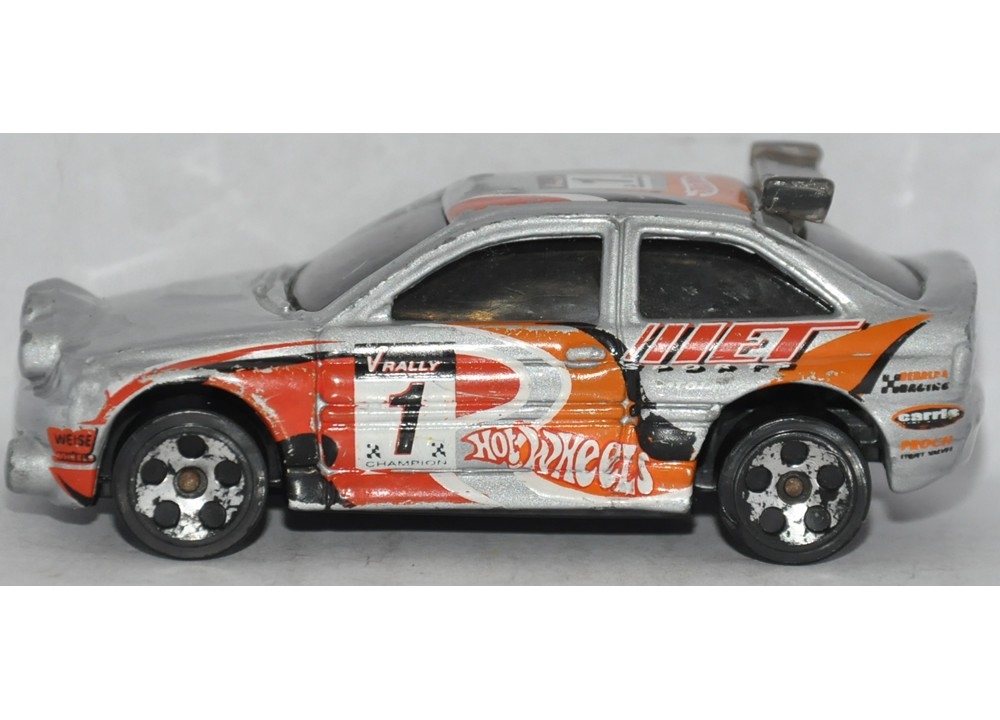 Hot Wheels Ford Escort Rally Car