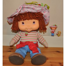 Strawberryland Strawberry Shortcake Talking Doll and Figures Bundle Kids Toys
