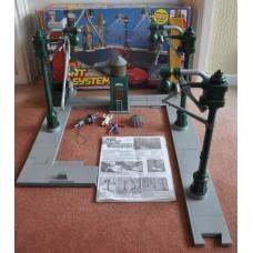 Spider Man Stunt System Playset Spider Man Doc Ock Action Figures Kid Toy Boxed
